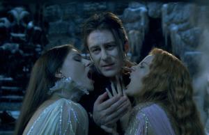 Dracula-and-Brides-van-helsing-12157365-1867-1200