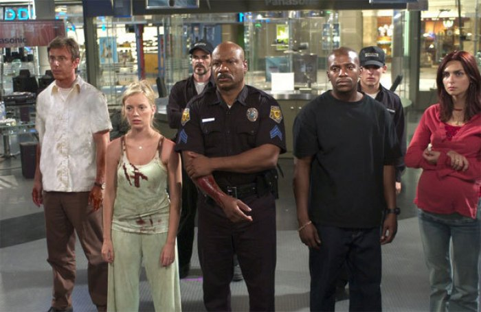 DAWN OF THE DEAD image via Universal Pictures