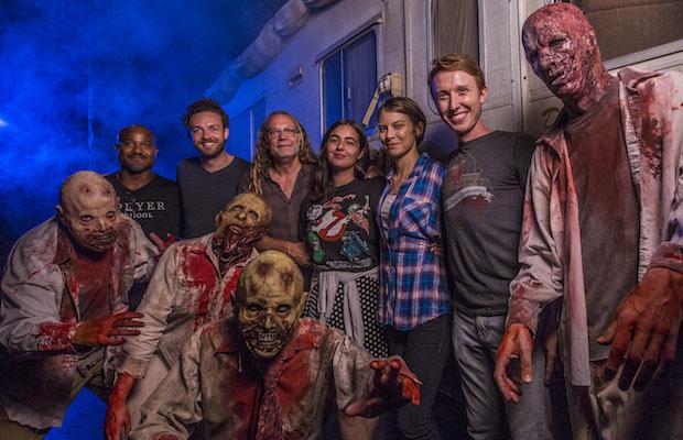 walking dead stars test    haunted house  universal horror nights bloody