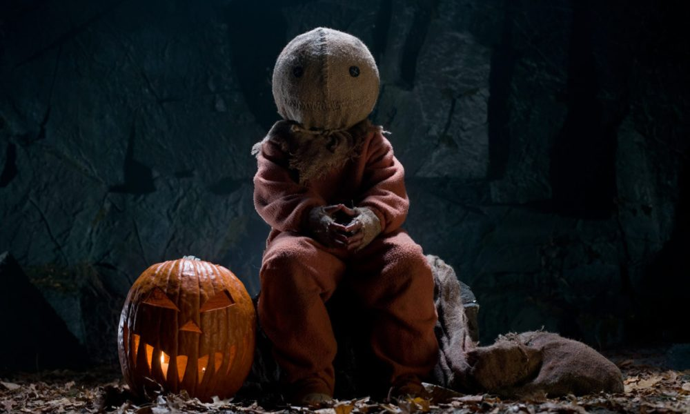 The Ultimate Guide to Over 100 Horror Movies Set Around Halloween!
