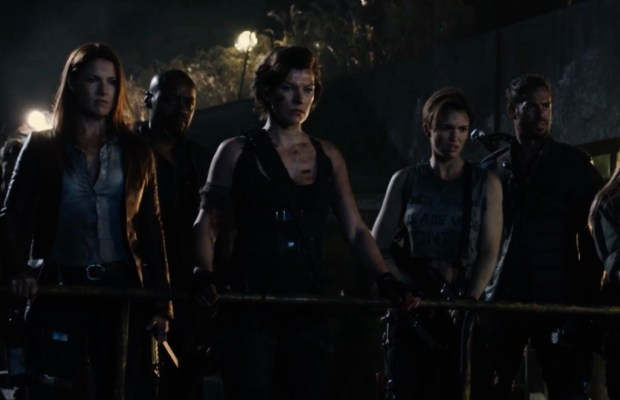 Resident Evil The Final Chapter Movie Clip Alice Awakes: 'Resident Evil: The Final Chapter' Clip Attacks Massive