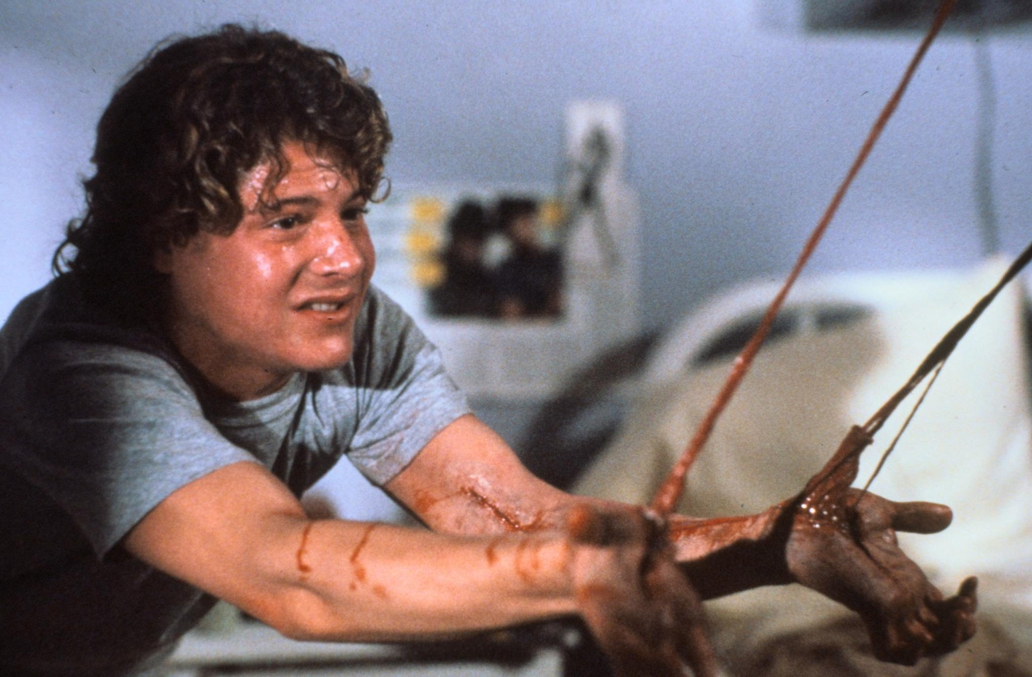kitchen sink snake green cabinet doors 30 years of 'dream warriors': the freddy that almost was ...
