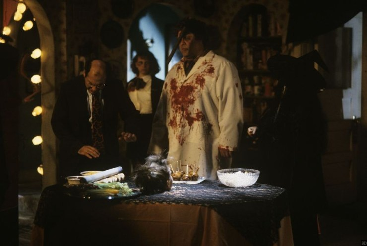 abc just uploaded new photos from roseanne halloween episodes bloody disgusting. Black Bedroom Furniture Sets. Home Design Ideas