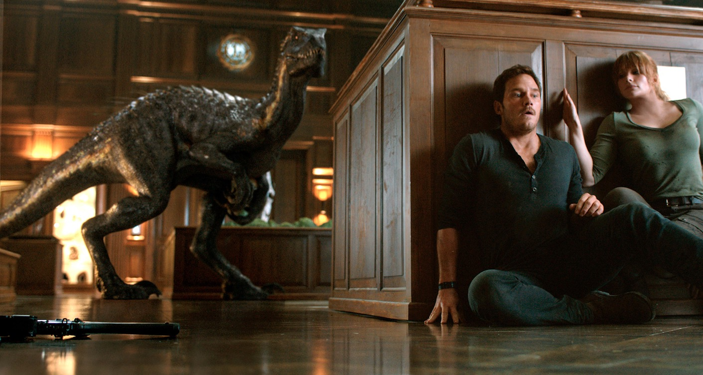 EWs Jurassic World Fallen Kingdom Photos Suggest Practical Dinosaurs Bloody Disgusting
