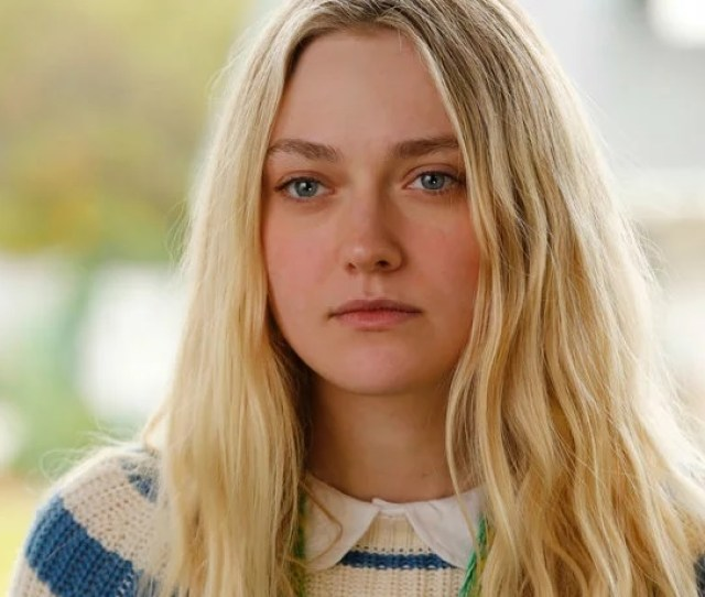 Tarantinos Once Upon A Time In Hollywood Adds Dakota Fanning As Manson Girl Squeaky Fromme More Casting News
