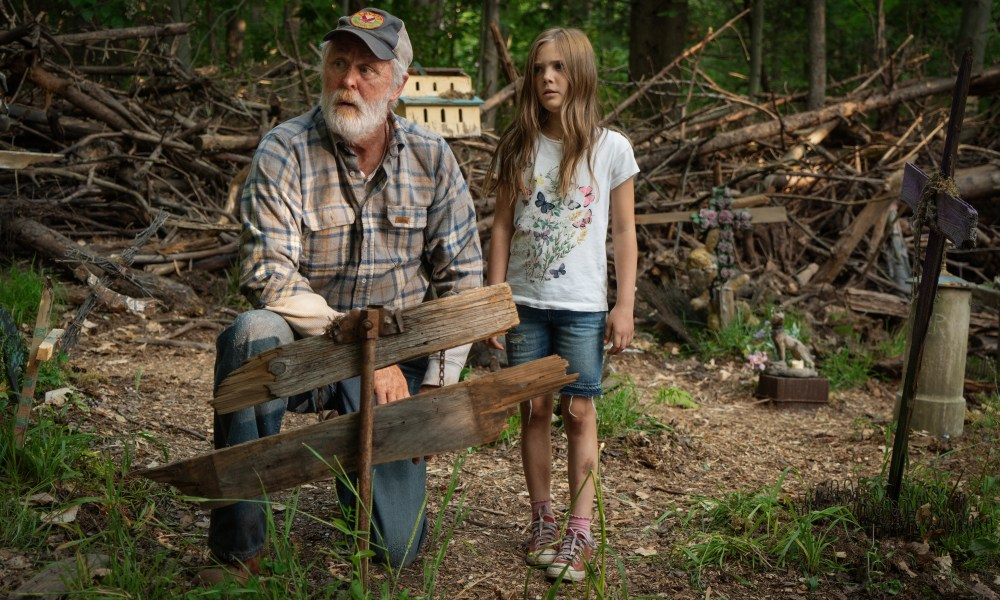 """[Set Visit] Directors Say Their 'Pet Sematary' Will Surely Be Rated R; """"It's a Dark F'ing Movie"""" - Bloody Disgusting"""