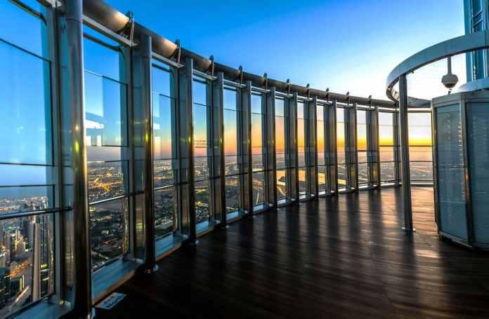Dubai Burj Kalifa Emaar Entertainment