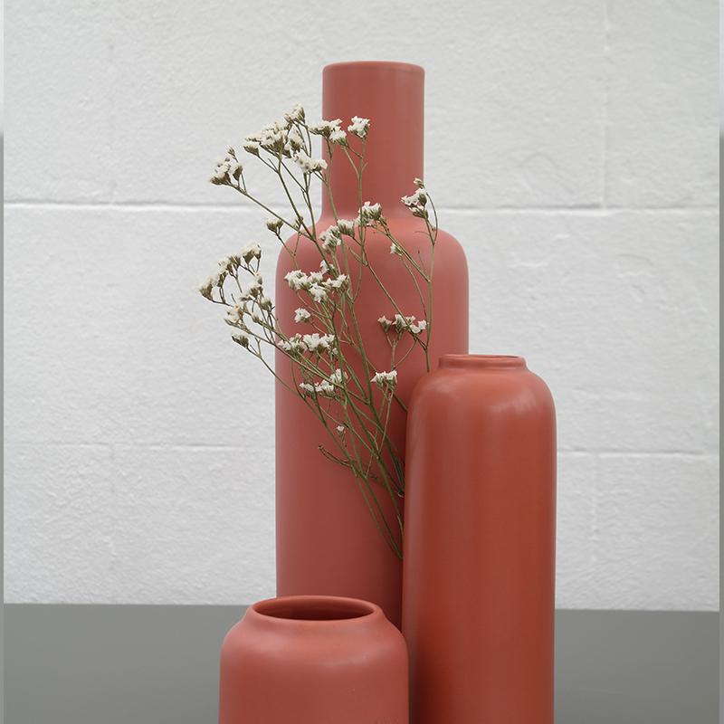 Coloris lie de vin de 3 vases Bloom