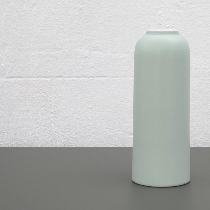 Coloris du vase Callune en menthe givrée