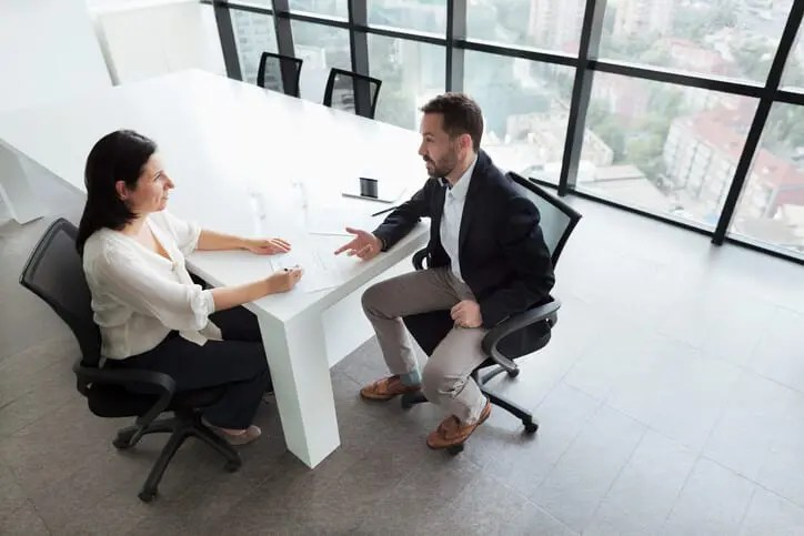 performance review to provide sales team motivation