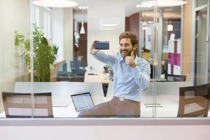 Executive upating team via internal communication videos