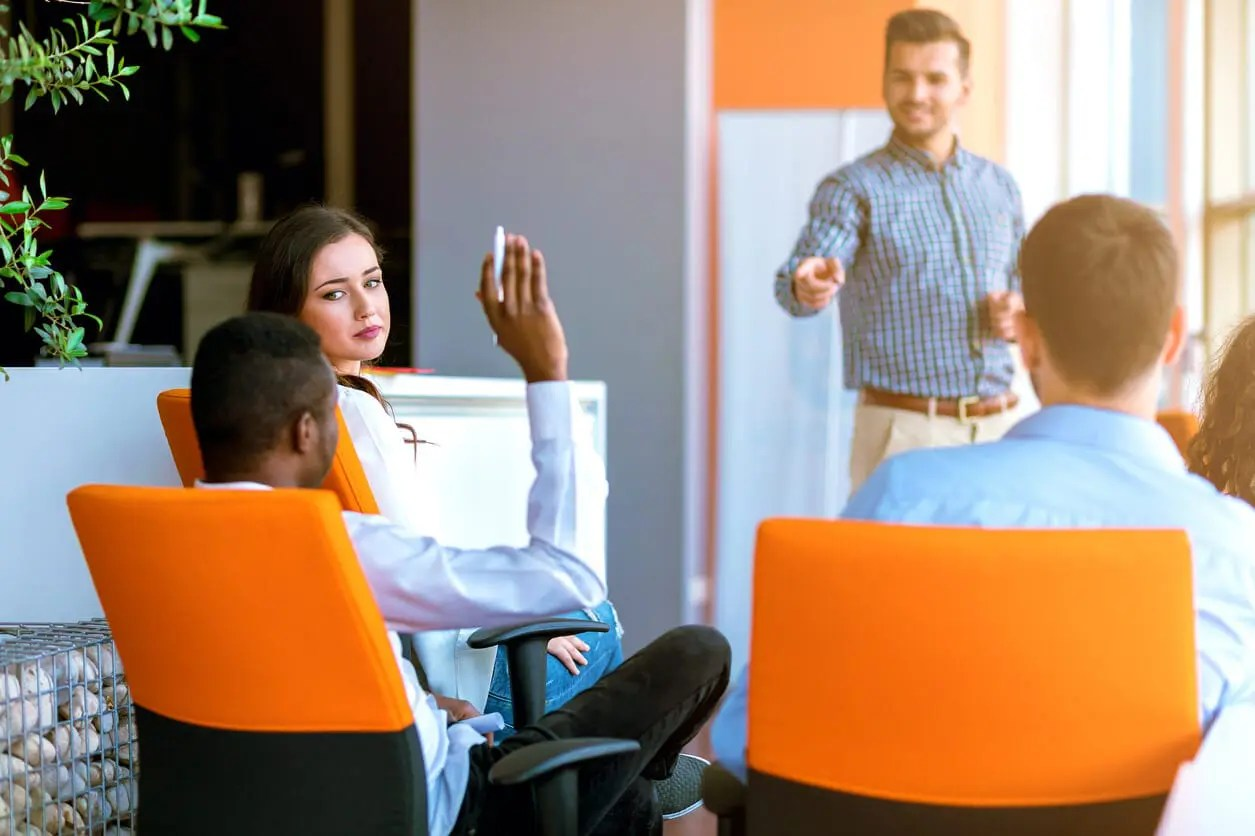 control training costs with knowledge sharing