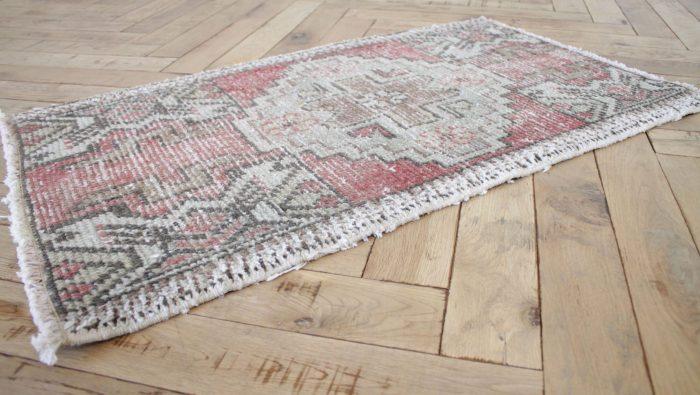 Lirik Vintage Turkish Wool Rug