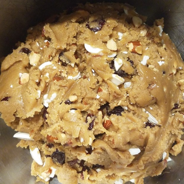 cookie-dough-ball