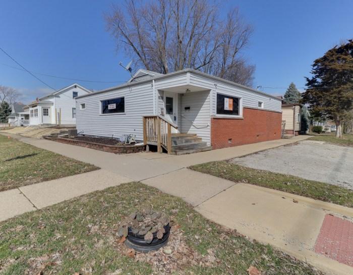 802 N Morris, Bloomington, IL 61701 – NO LONGER LISTED