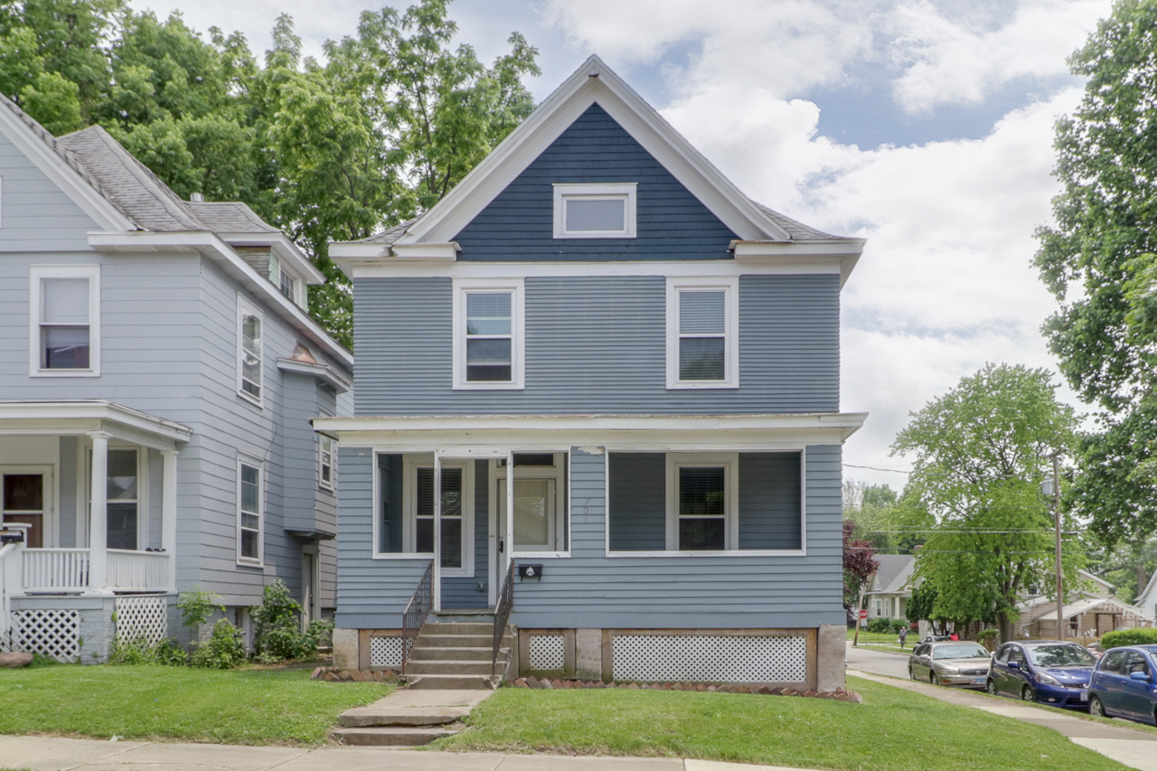 701 E Market St. Bloomington, IL 61701- SOLD!