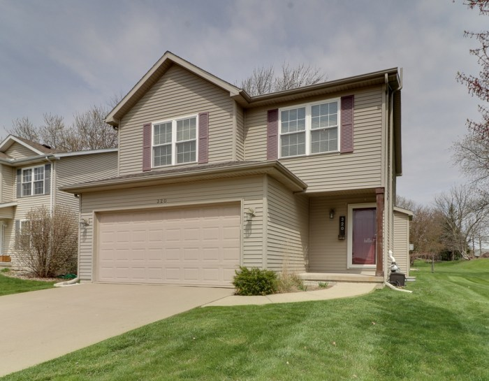 320 Basswood Lane, Normal- SOLD!