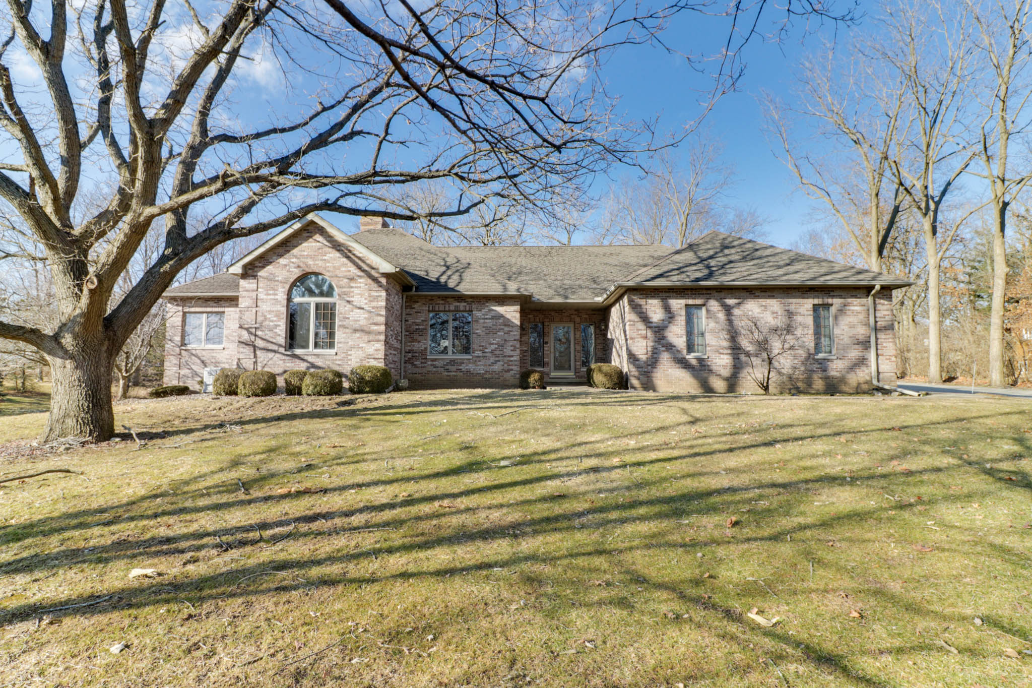 18864 Valley Court, Bloomington, IL 61705-SOLD!