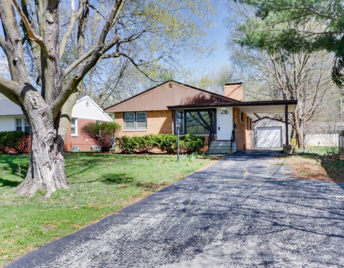 444 S. Adelaide, Normal, IL 61761
