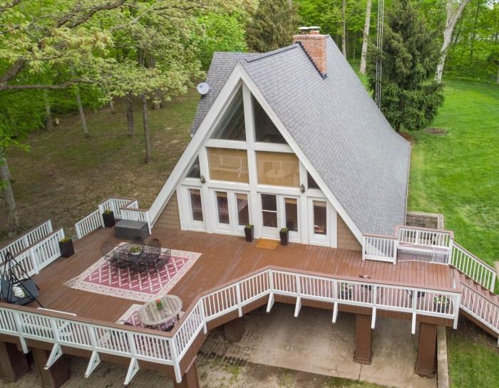 108 Timber Ridge, Lexington, IL 61753