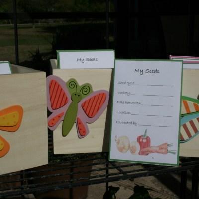 Custom Seed Packet & Holder Giveaway!