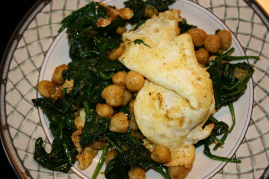 Curry Spinach Chickpea Egg Scramble