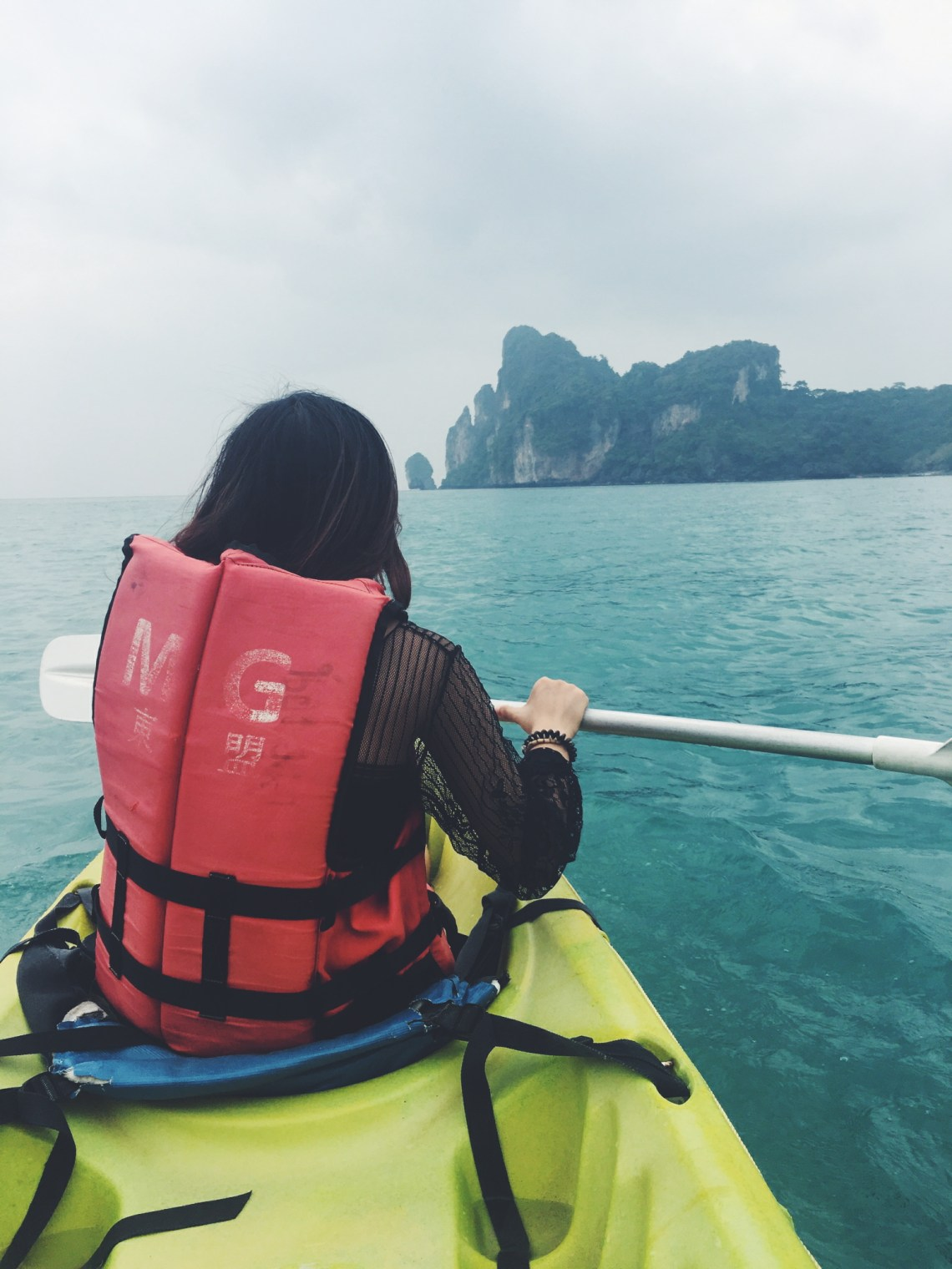 kayaking in Koh Phi Phi
