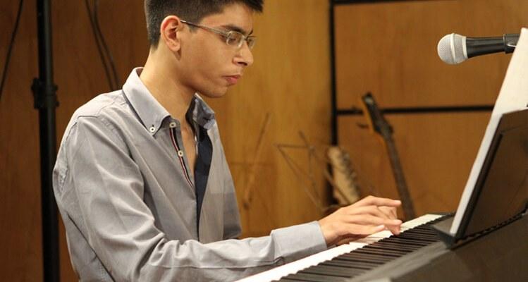 Bloom Music Academy, O sítio onde aprendi a sonhar Bloom Music Academy, O sítio onde aprendi a sonhar malik