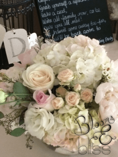Blush and Ivory Centrepiece
