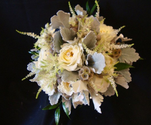 creamdelicatetablebouquet