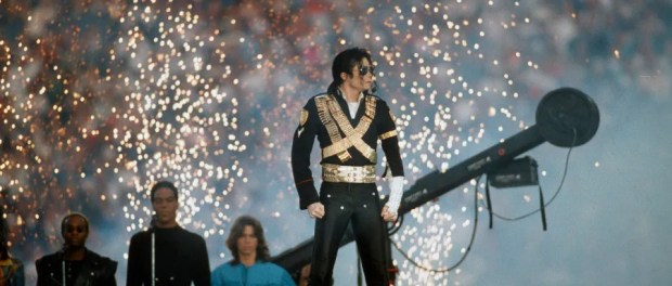 PASADENA, CA - JANUARY 31: Pop singer Michael Jackson performs during the halftime show of Super Bowl XXVII between the Dallas Cowboys and Buffalo Bills on January 31, 1993 at The Rose Bowl in Pasadena, California. The Cowboys won the Super Bowl 52-17. (Photo by Focus on Sport/Getty Images)