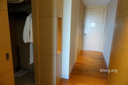 japanese hotel room