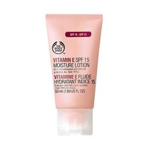 The Body Shop Vitamin E Protective SPF 15 Moisture Lotion