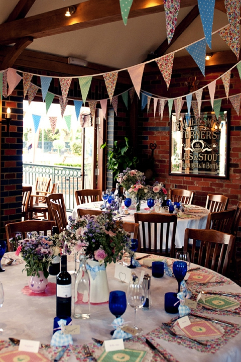 real wedding lastminute colourful country pub wedding michelle  danny  BLOVED Blog