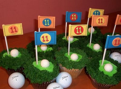 golf cupcakes with golf hole, adorable
