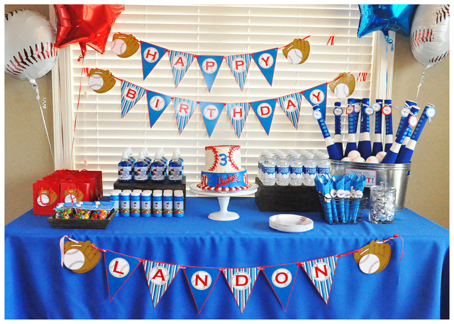 It's a Hit! {A Lovely Baseball Party!}