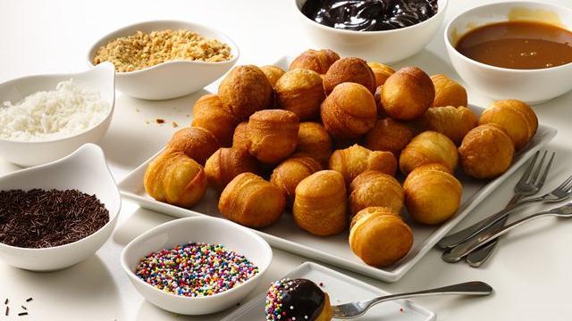 Doughnut Hole Bar-dip your own doughnuts!