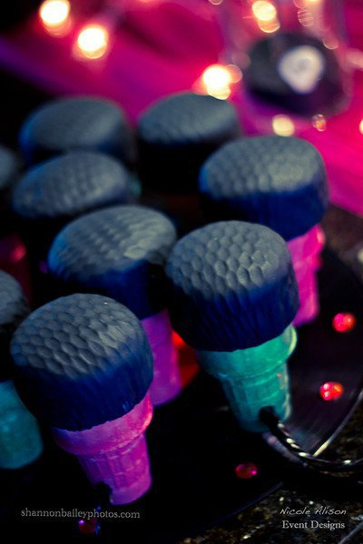 Microphone cupcakes for a rockstar party!