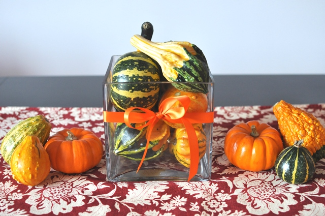 Cute and easy Thanksgiving pumpkin centerpiece