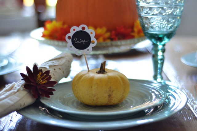 Super cute pumpkin Thanksgiving Place Settings
