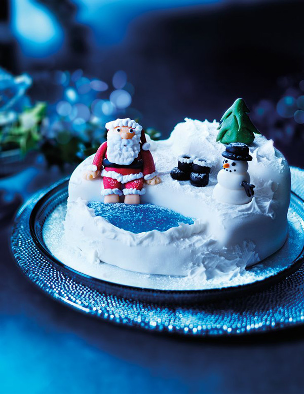 Adorable Christmas Santa jacuzzi cake!