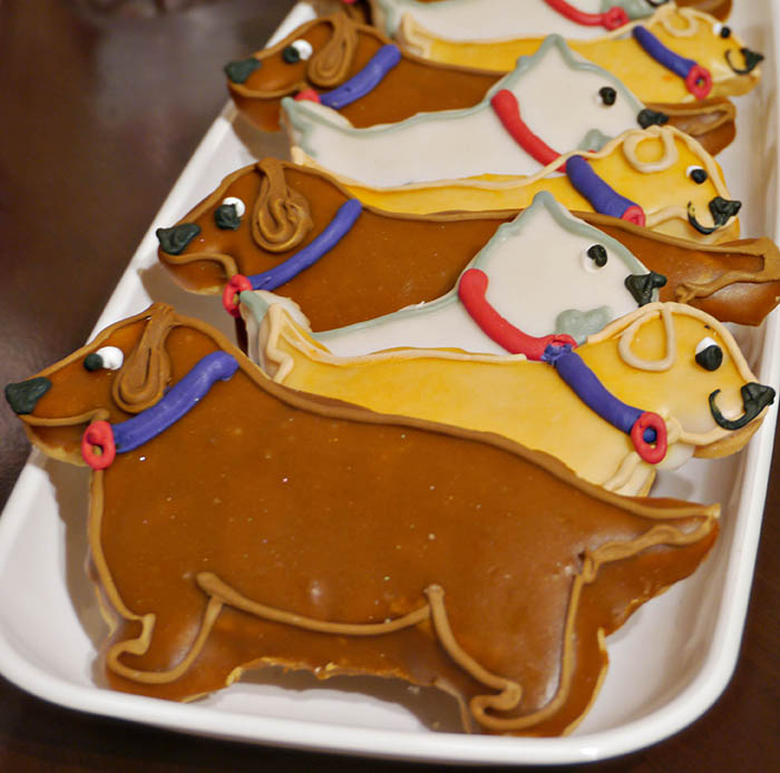 Dog cookies at a puppy party- B. Lovely Events