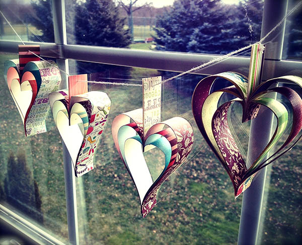 Awesome paper heart garland!