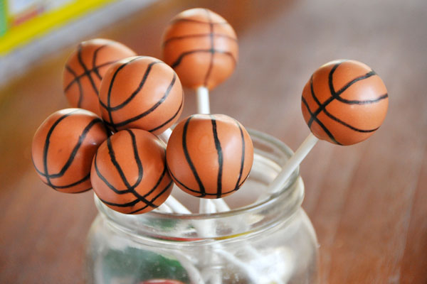 basketball cake pops these basketball cake pops will you away b lovely 1513