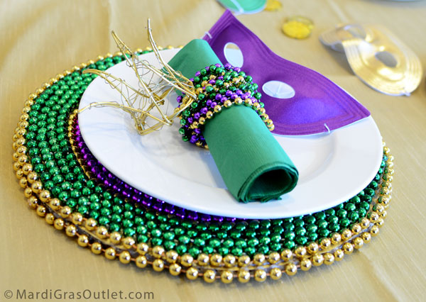 Mardi Gras Place Settings  sc 1 st  B. Lovely Events & Mardi Gras Party Favorites! - B. Lovely Events