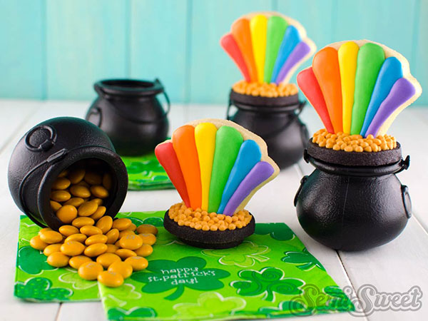 These are the cutest pots of gold
