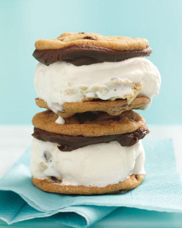 DIY Big Chocolate Chip Ice Cream Sandwiches!