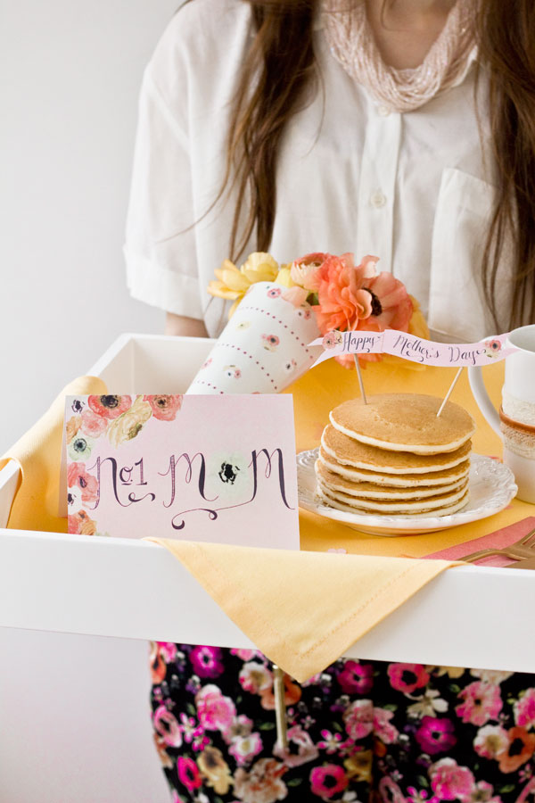 Love these free printables for Bed In Breakfast for mother's day!