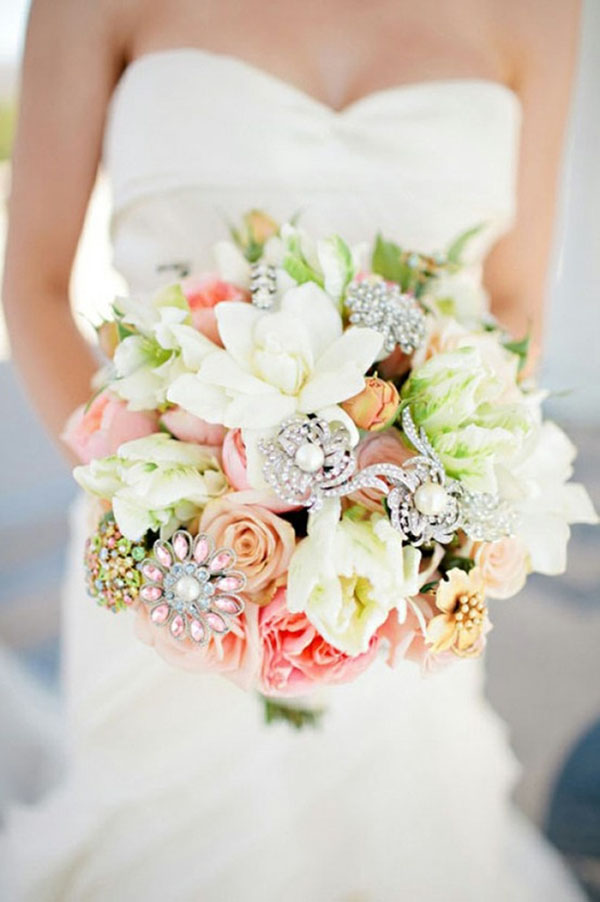 Beatiful pastel wedding bouquets