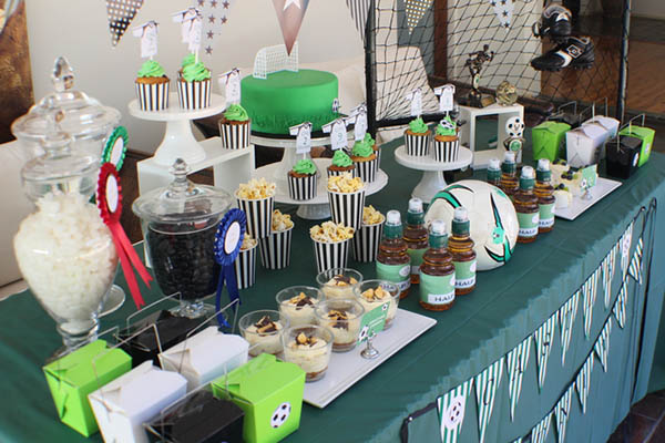 Love this soccer party dessert bar!